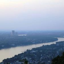 Rheinsteig Stage 1 - View from the Drachenfels (Dragonstone) to Bonn