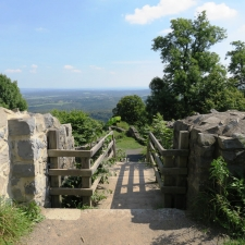 Rheinsteig Stage 2 - Entrance stairs to the castle ruin
