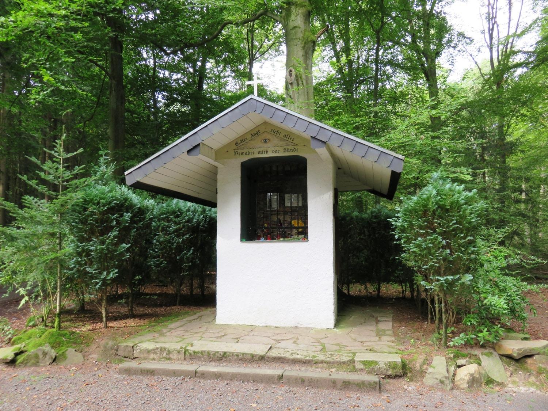 Rheinsteig Stage 3 - The Eye of God is a chapel-like wayside shrine
