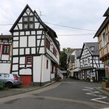 Rheinsteig Stage 3 - Old Town of Linz at the Rhine