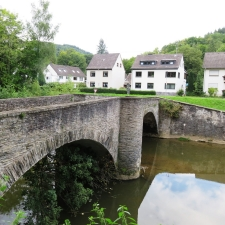 Rheinsteig Stage 5 - Stone bridge in Altwied