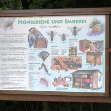 Rheinsteig Stage 5 - Educational picture beekeeping