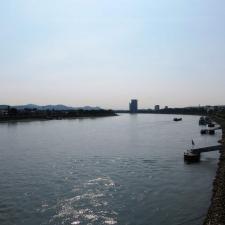 Rheinsteig Stage 1 - Crossing the rhineriver on the Kennedy Bridge in Bonn